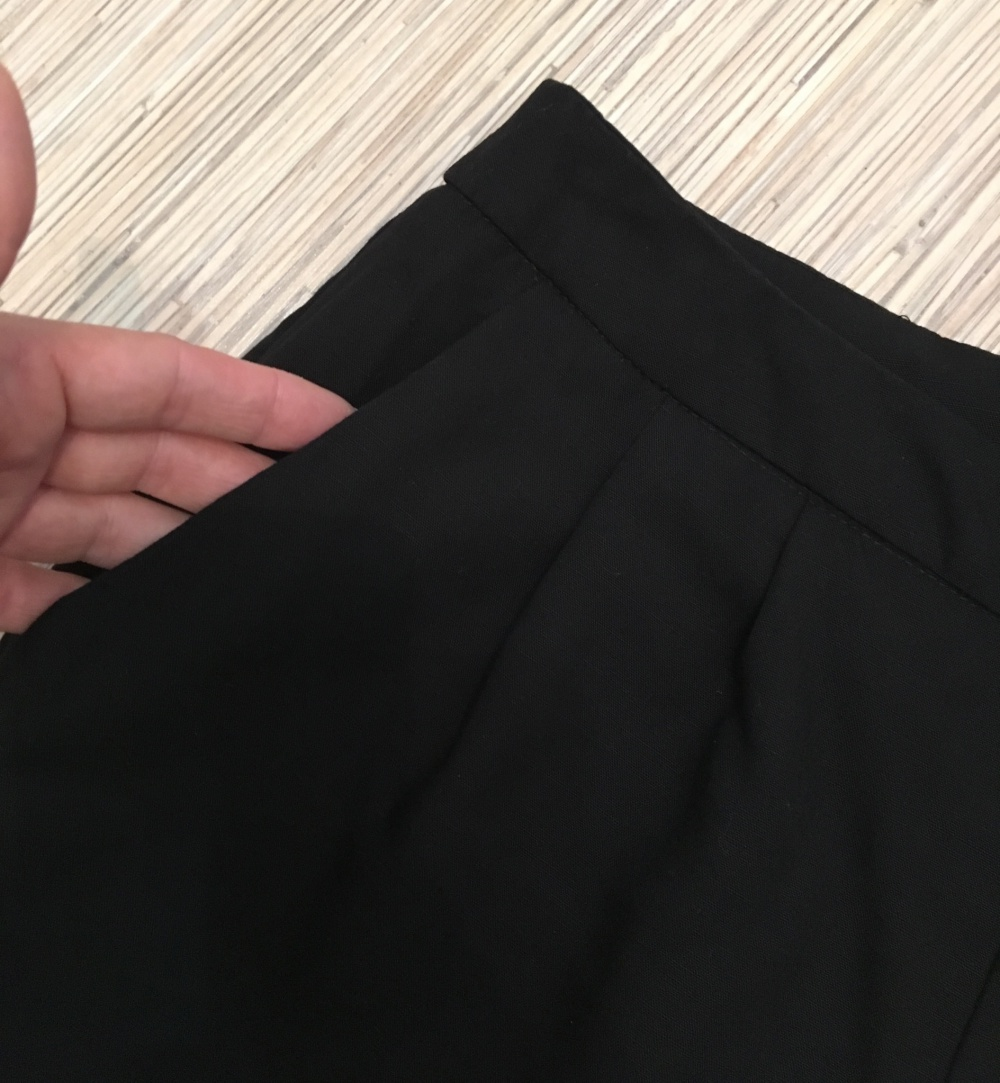 Комплект брюки H&M, размер S+ Жилет Millenium, размер S