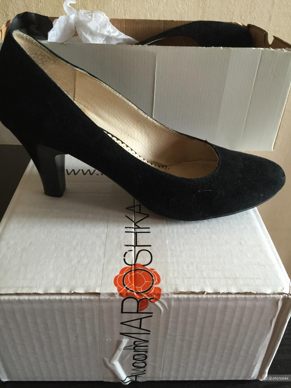 Замшевые туфли 38 размер No name