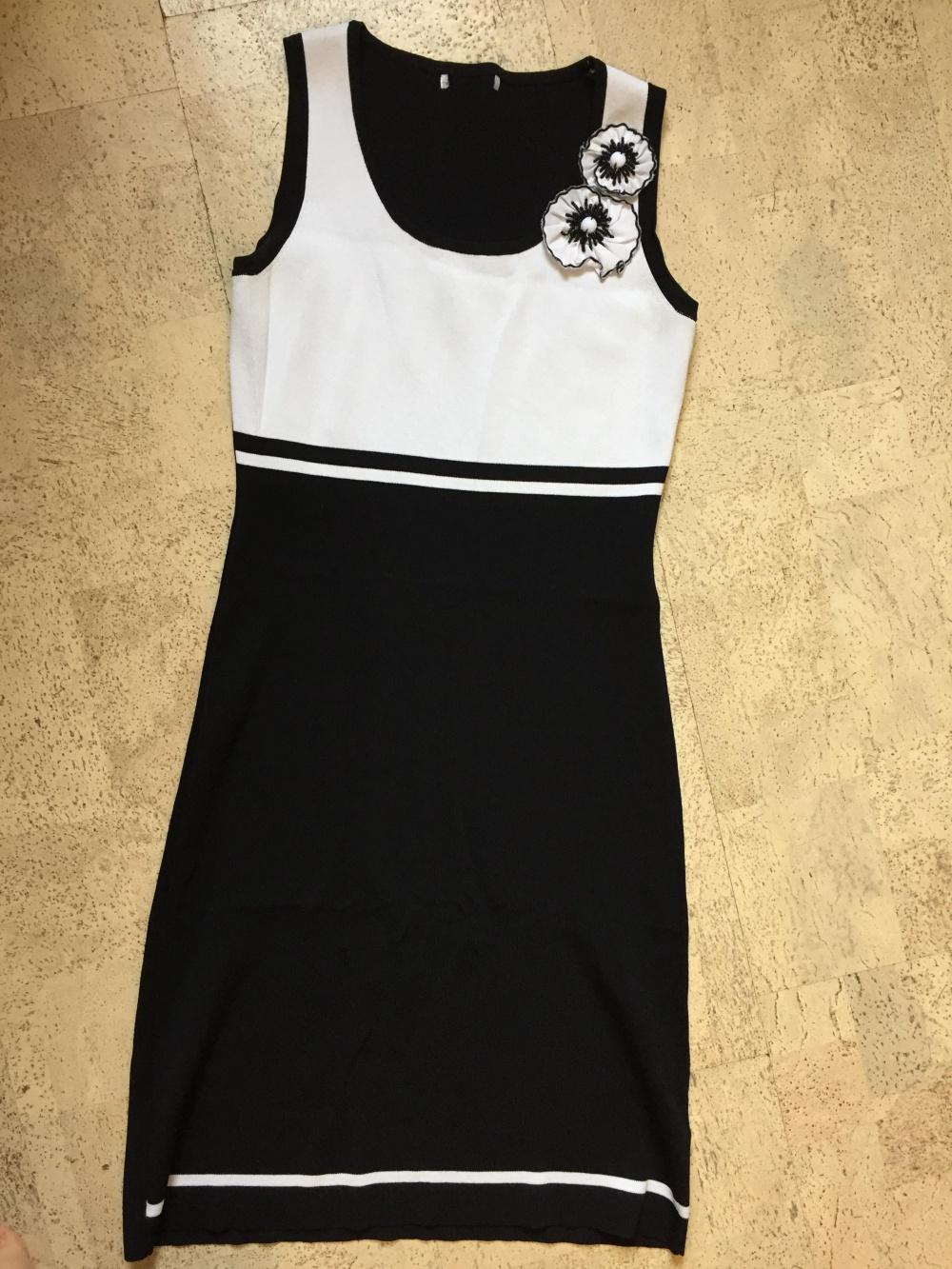 Платье трикотаж 42-44 размер