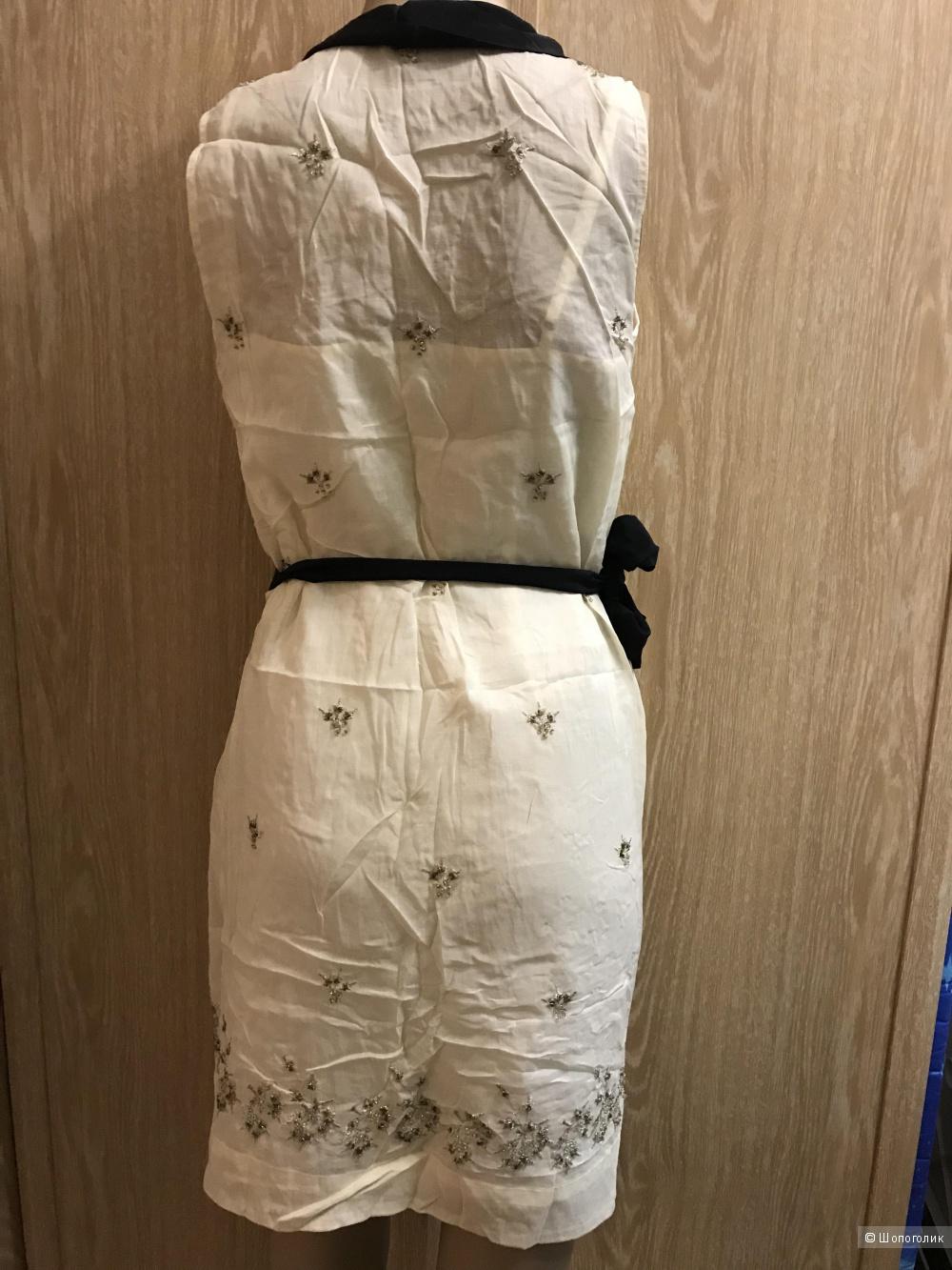 Платье Intropia 44-46  размер
