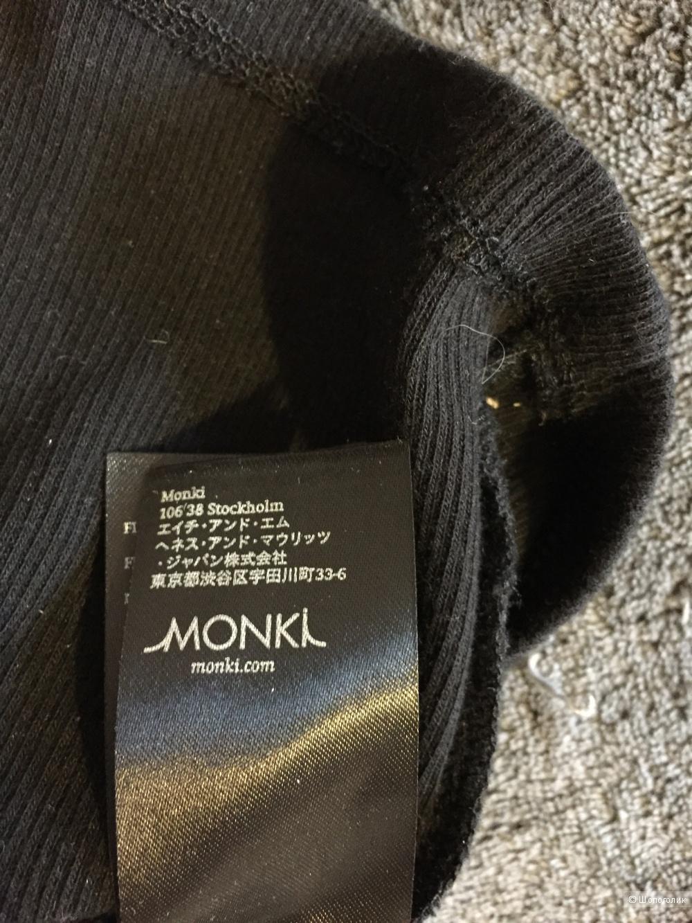 Кофточка Monki на размер XS-S.