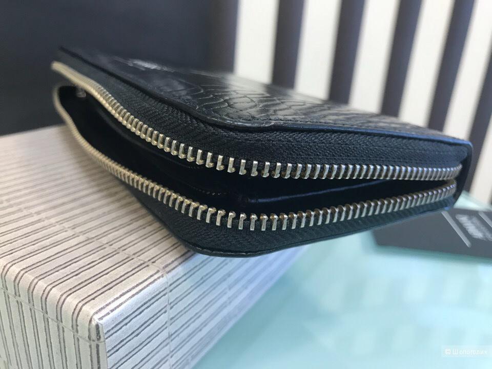 Женский кошелек Armani Collezioni, размеры 18,5 см х 9,5 см
