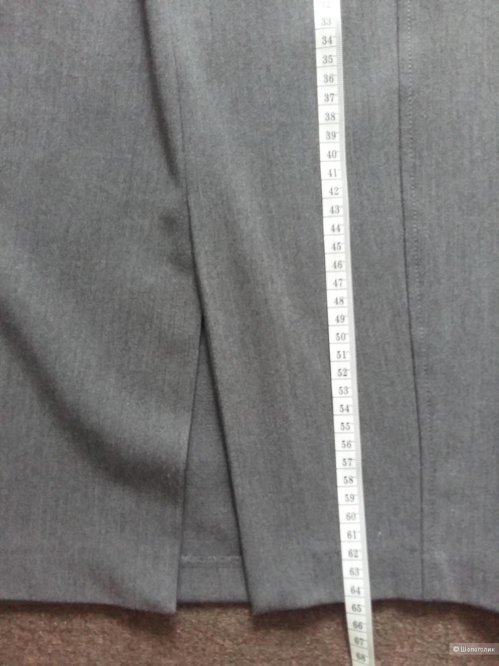 Костюм с юбкой Victoria's Secret размер 4US