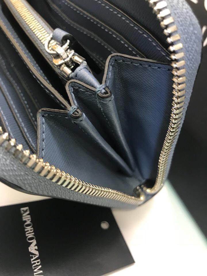 Женский кошелек Emporio Armani, размер 19 см х 10,5 см