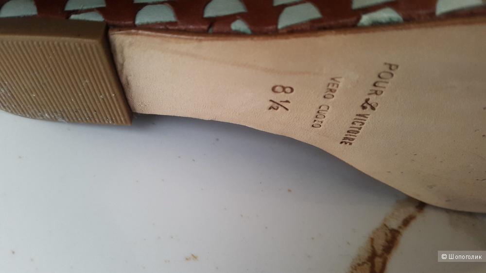 Босоножки Pour la Victoire 8.5 размер