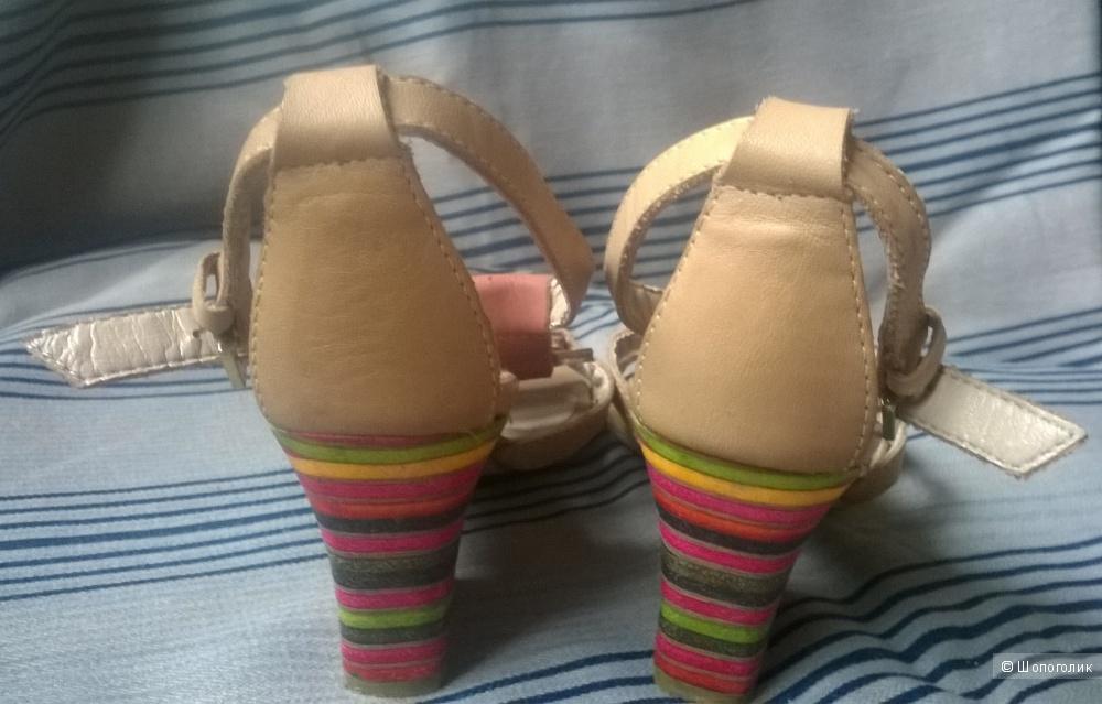 "Босоножки туфли  ""INDiANA""   р.35/4"