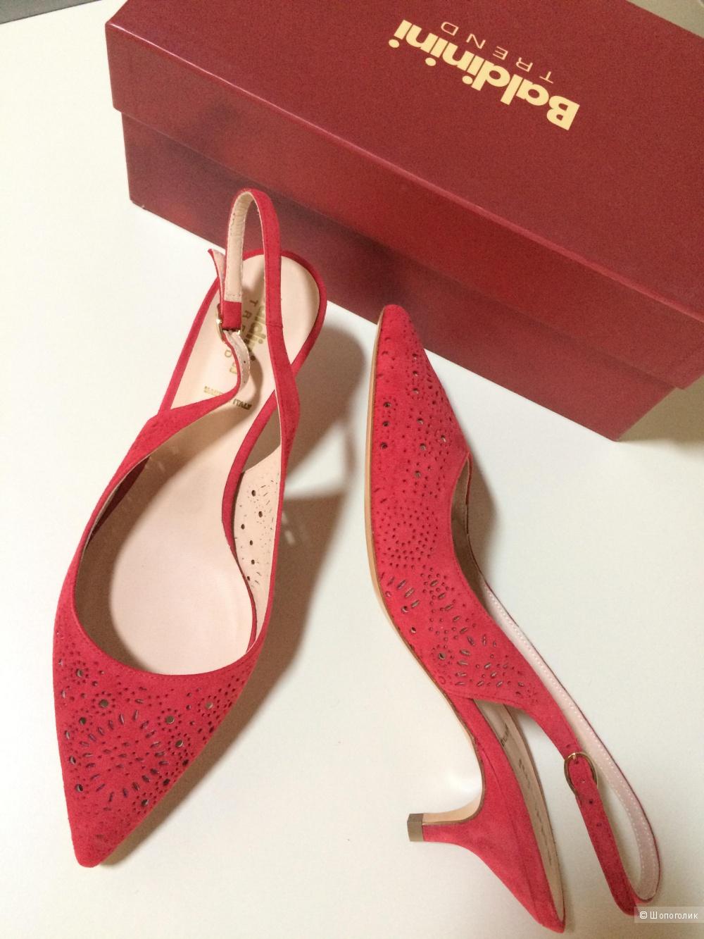 Красные туфли Baldinini,размер 38