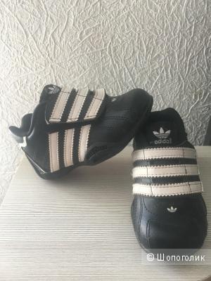 Кроссовки adidas 21р