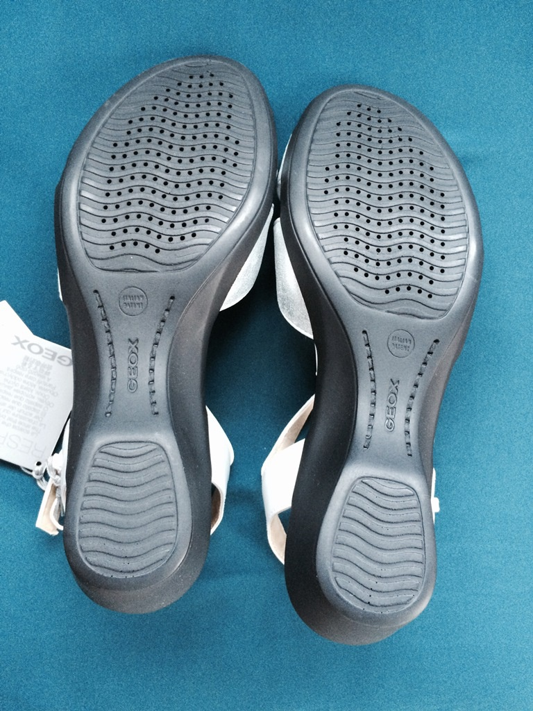 Новые сандалии Geox, размер 38,5