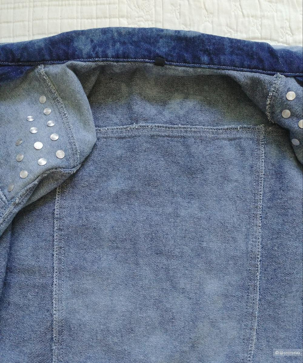 Джинсовая куртка (джинсовка), размер S