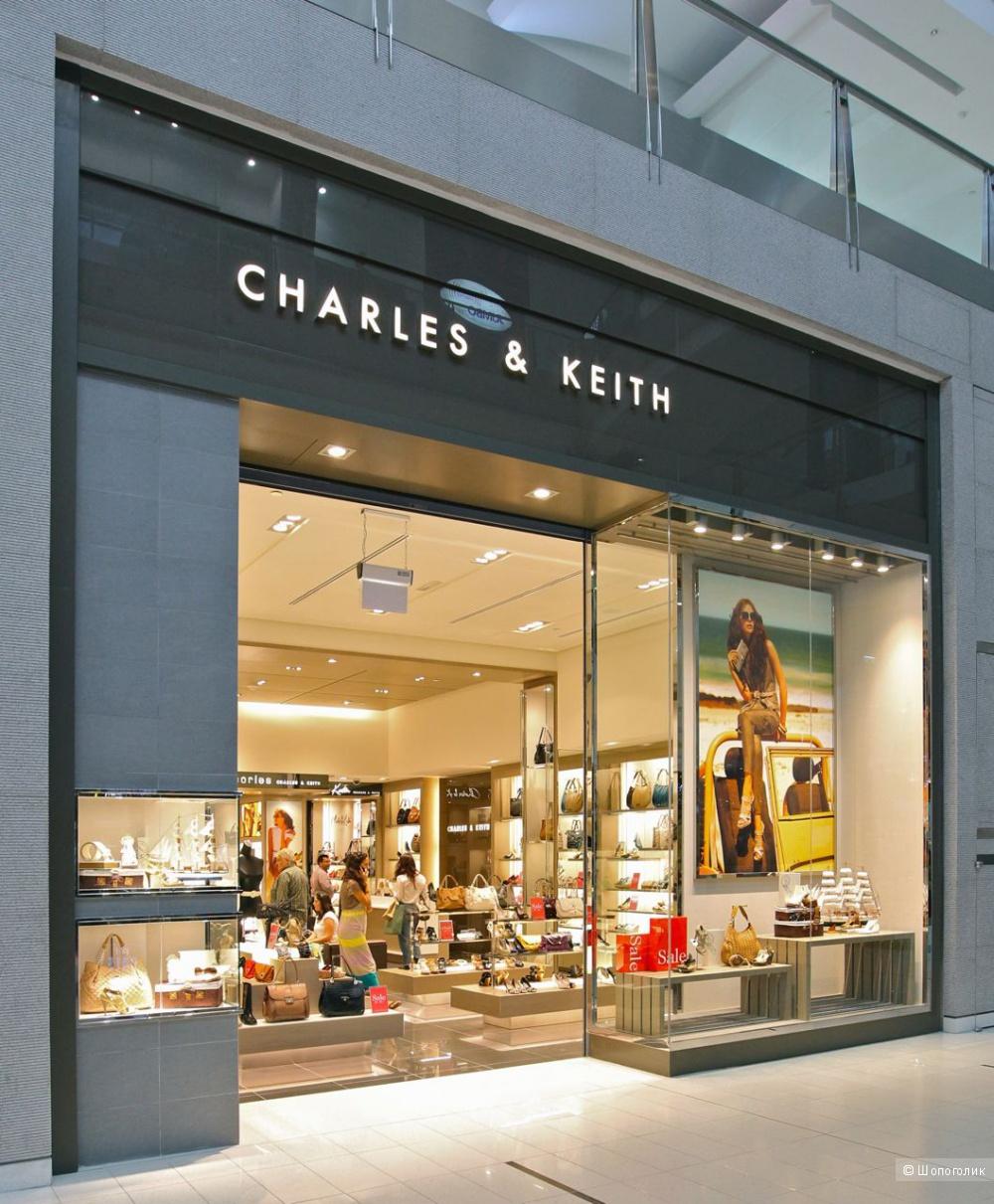 Босоножки CHARLES & KEITH размер 37