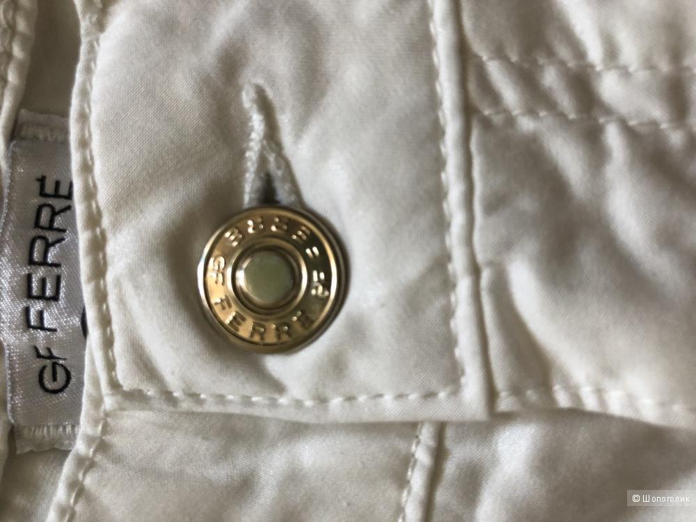 Белые брюки GF FERRE' р-р 29