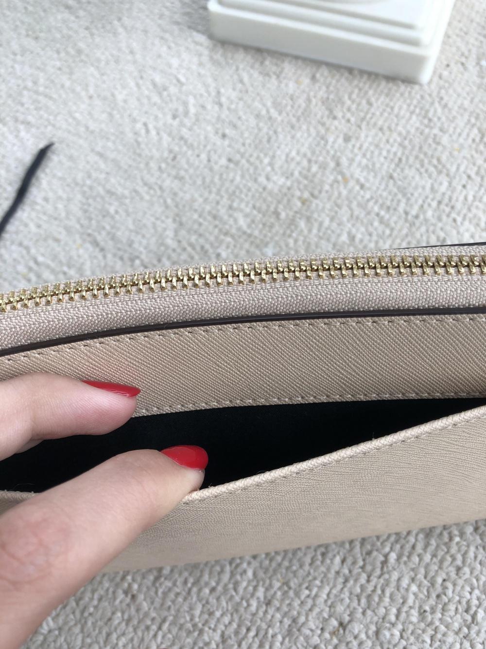 Новый кошелёк DKNY
