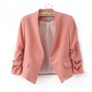 H&M: мятный пиджак-болеро, 42 евро