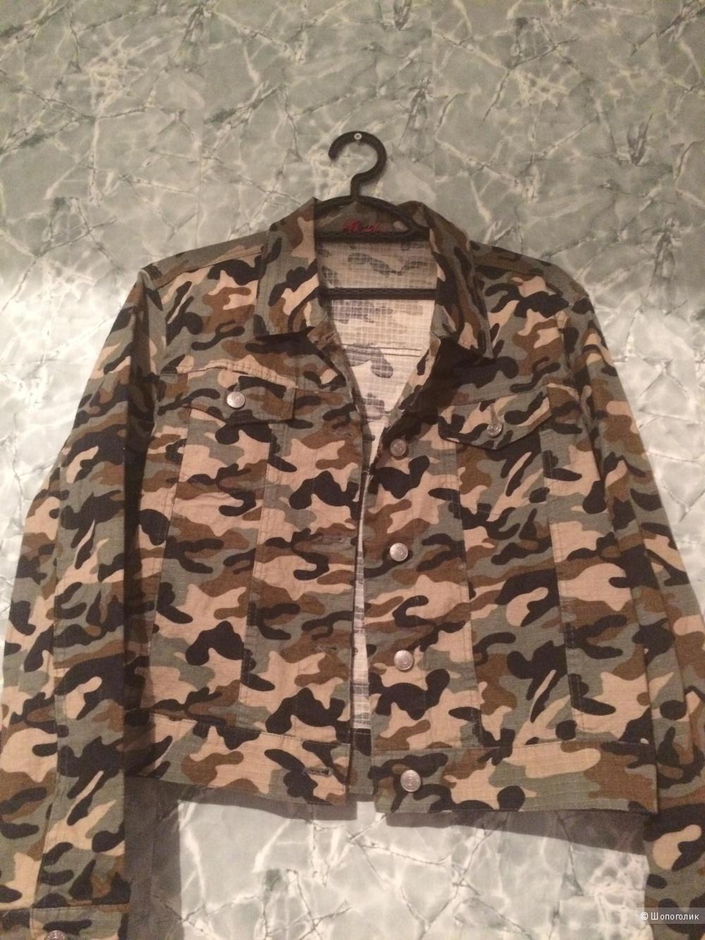 Джинсовая куртка  Goddess. 48-50 размер