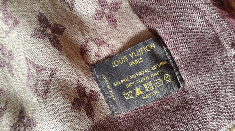 Платок Louis Vuitton, размер 140*140 см.