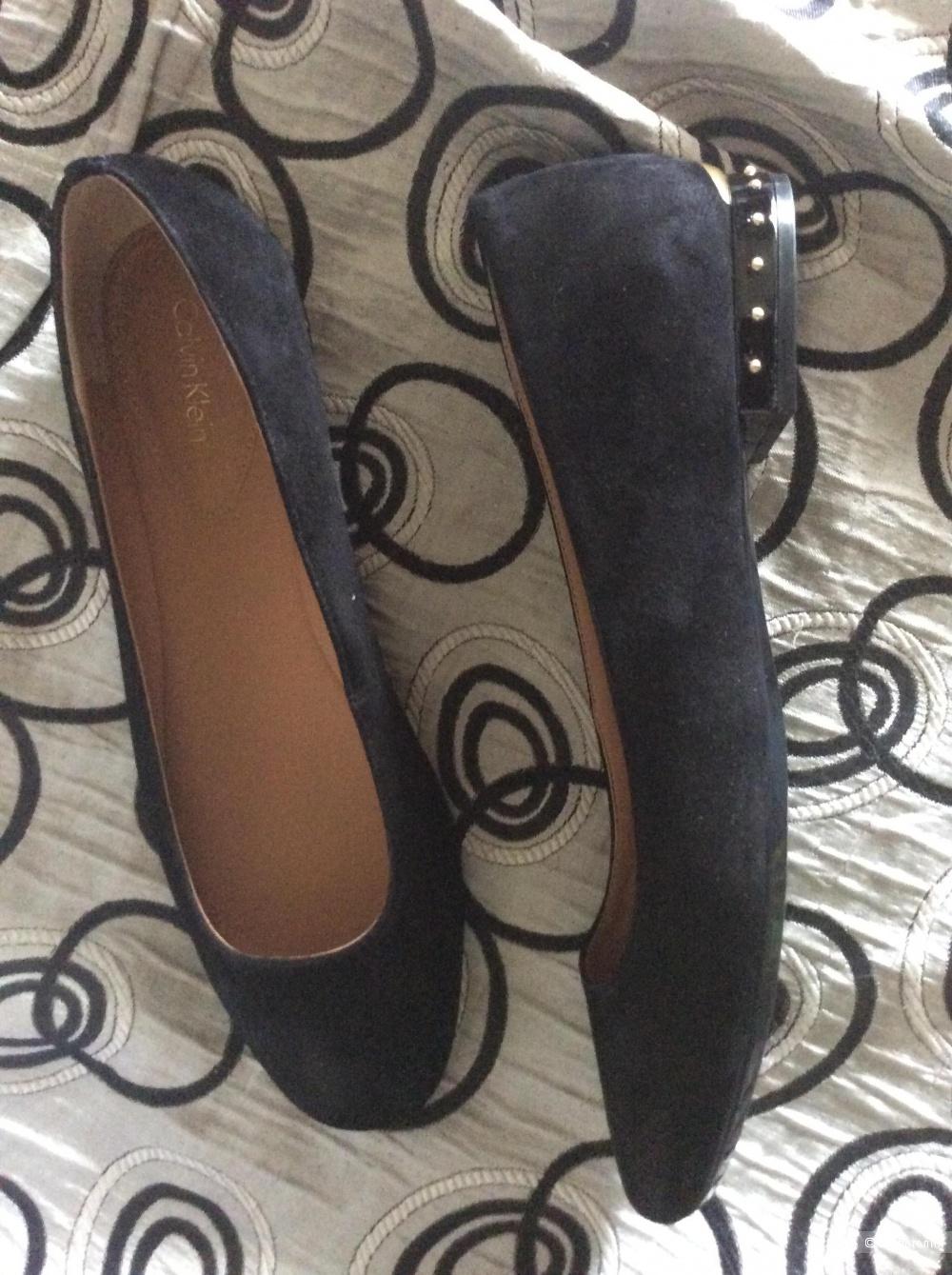 Балетки туфли Calvin Klein размер 10 USA на 39-40