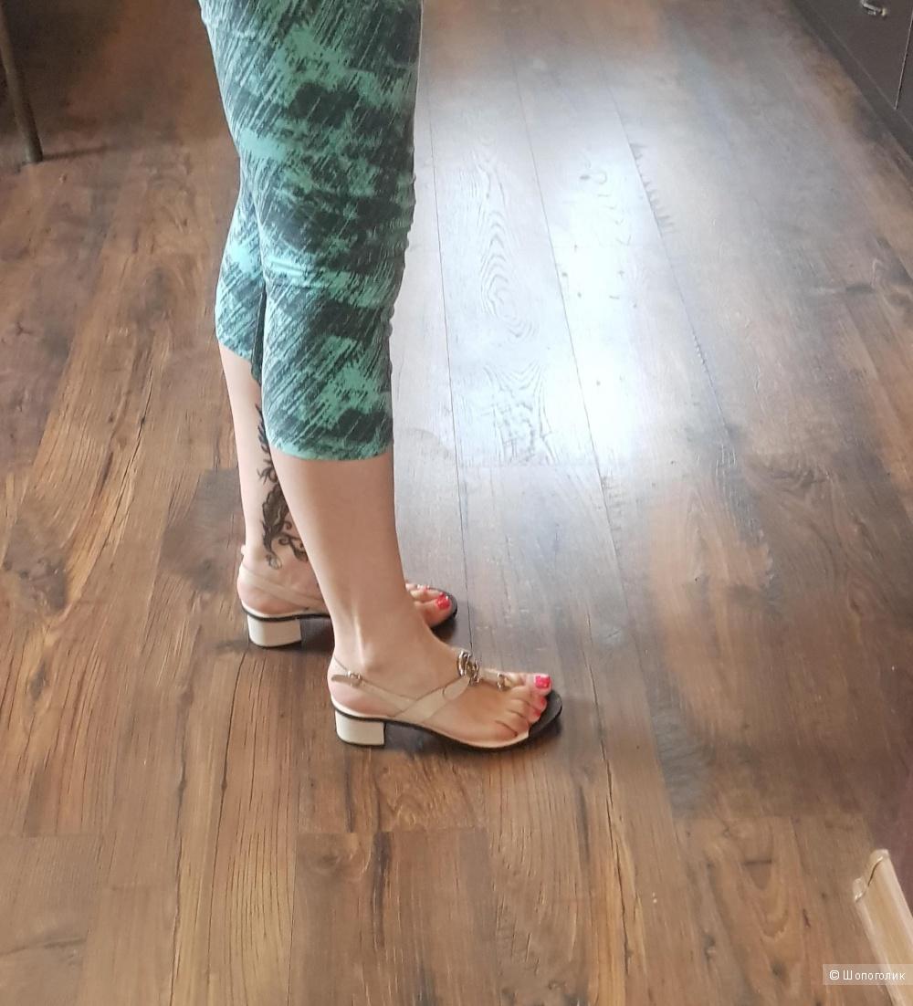 Босоножки Chanel, 39 размер