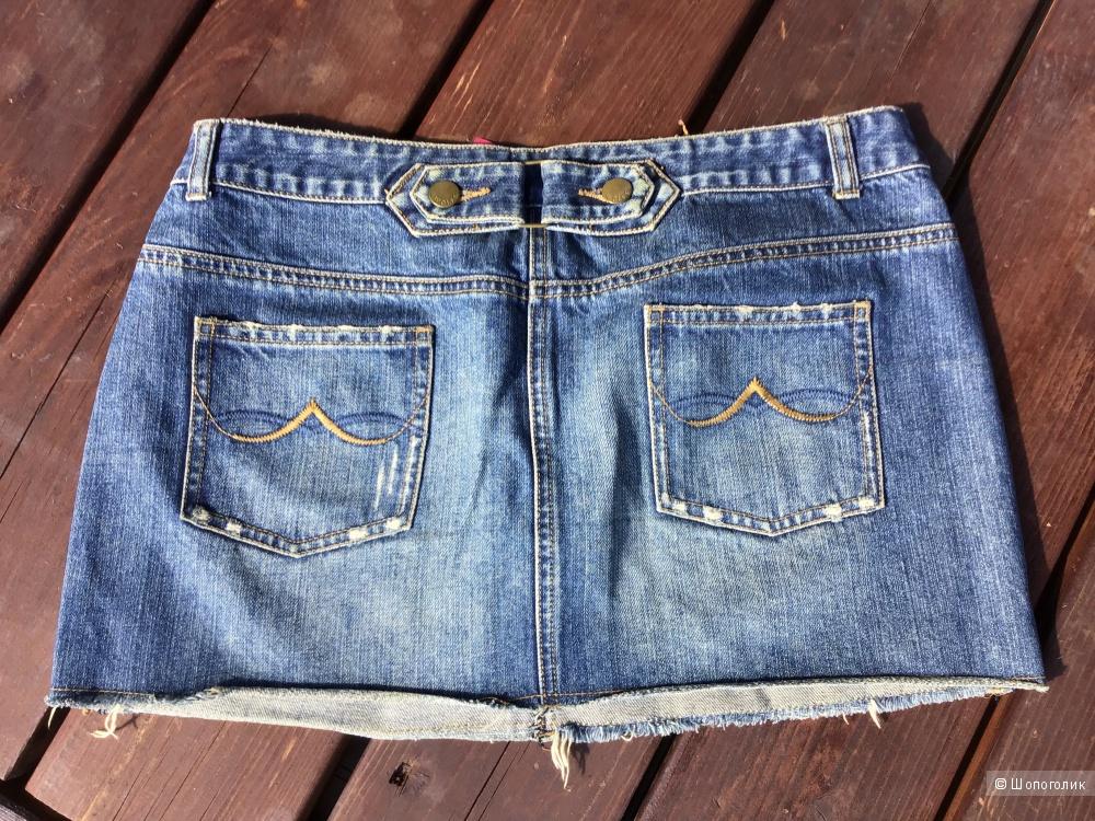 Сет из 3х вещей: джинсы, юбка, поло р.44-46