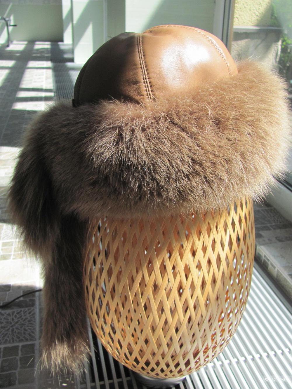 Зимняя шапка из меха лисы Luka-Pelli. Размер S.