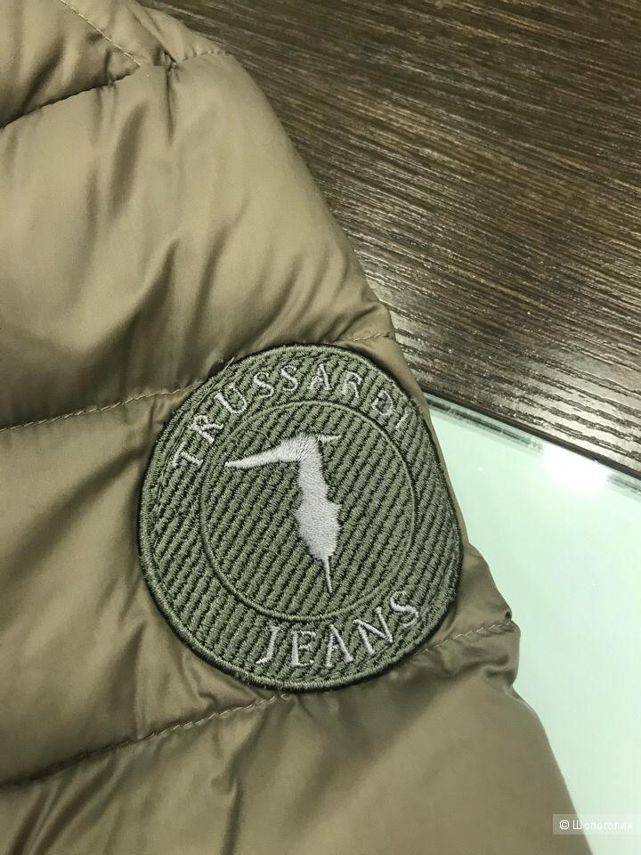 Мужской пуховик Trussardi Jeans, размер 52 (M)