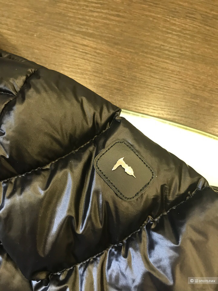 Мужской пуховик Trussardi Jeans, размер 52 и 54