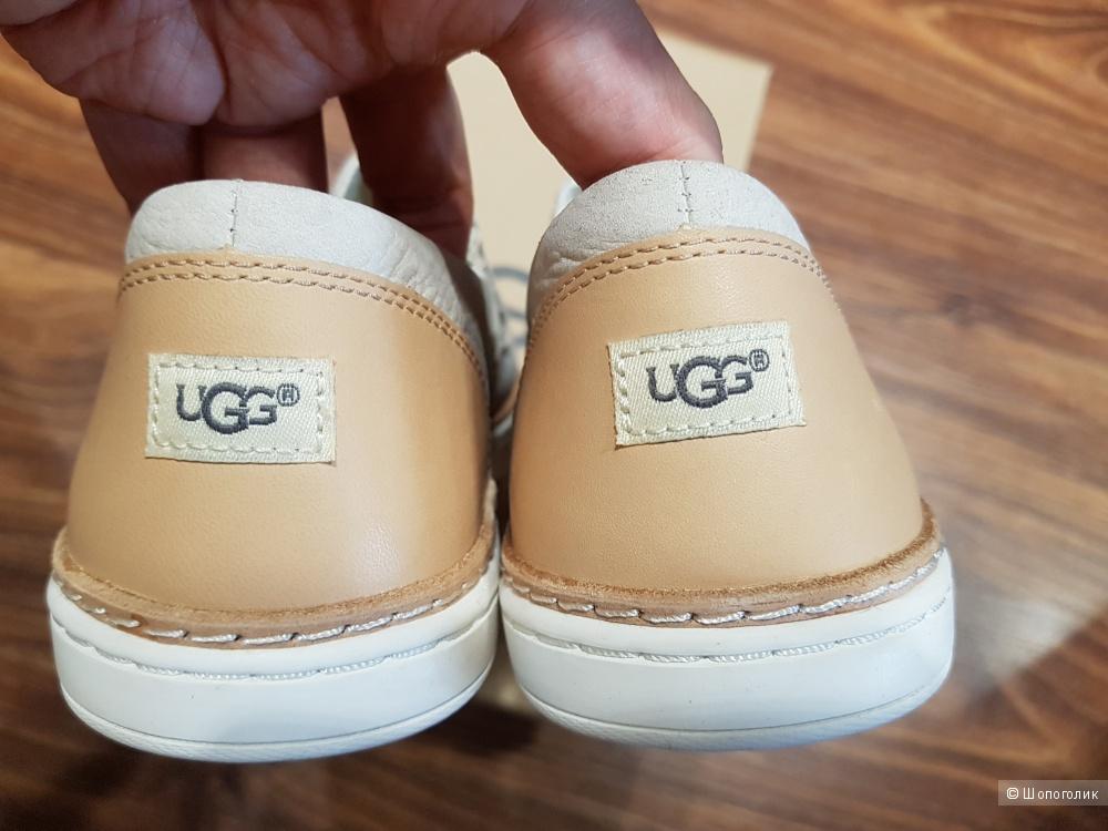 UGG  кожаные слипоны р.38