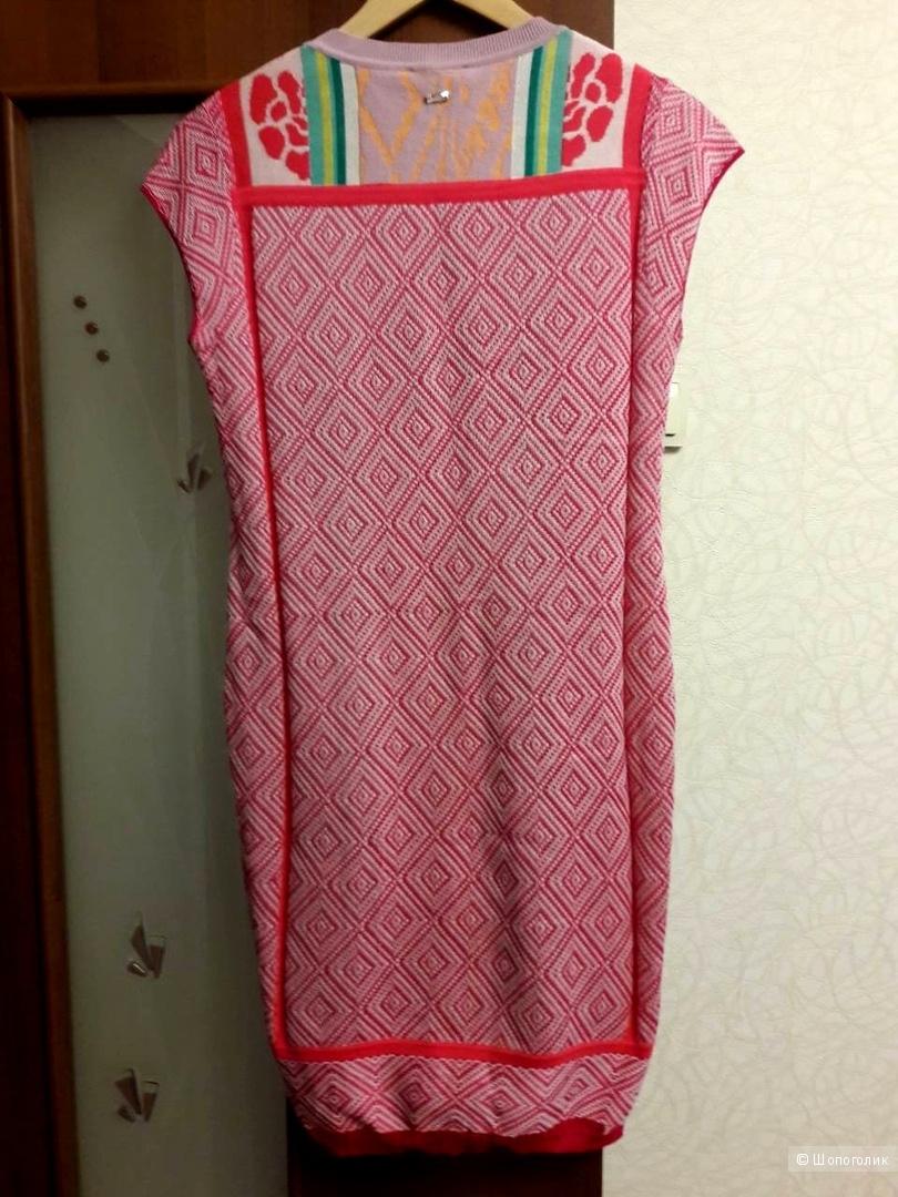 Платье ESCADA. Размер М