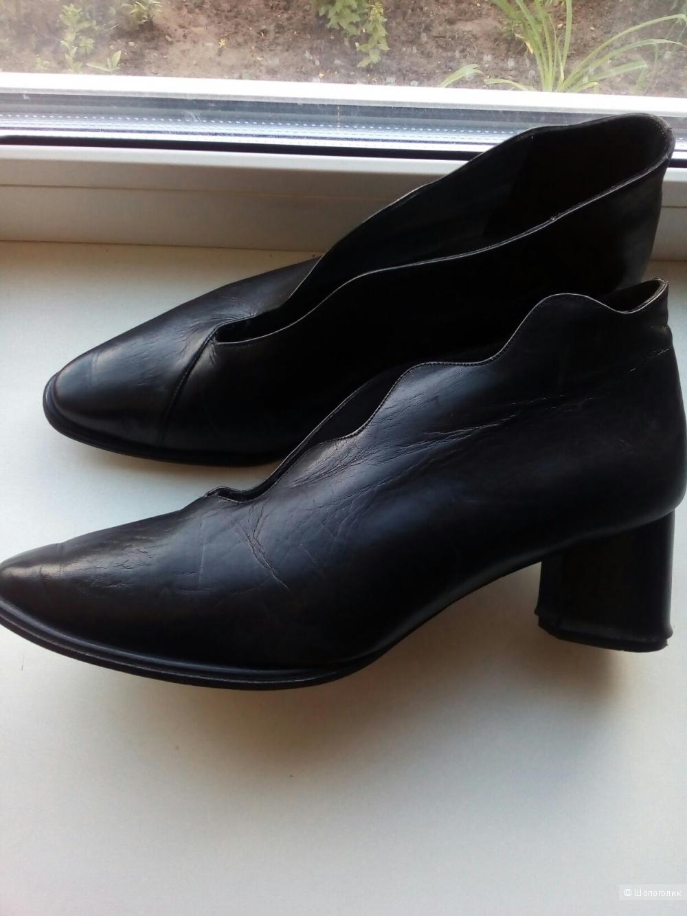 Туфли LISA TUCCI 39