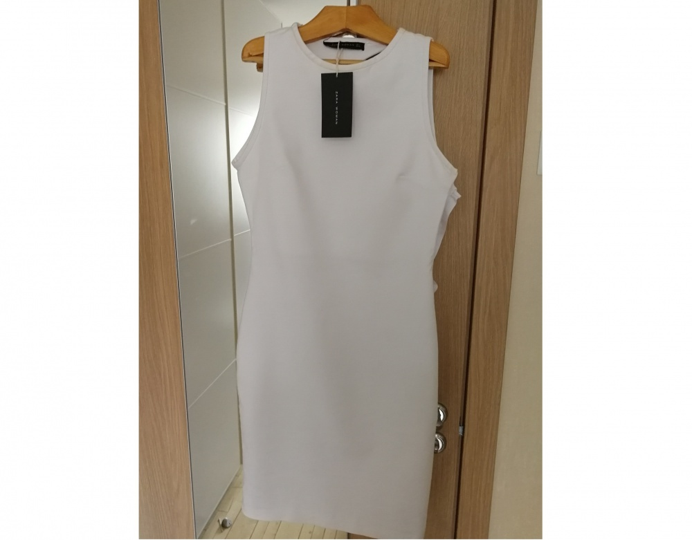 Платье-футляр ZARA WOMAN размер S/М