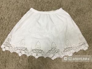 Белая юбка , размер m,l , фирма Indigo