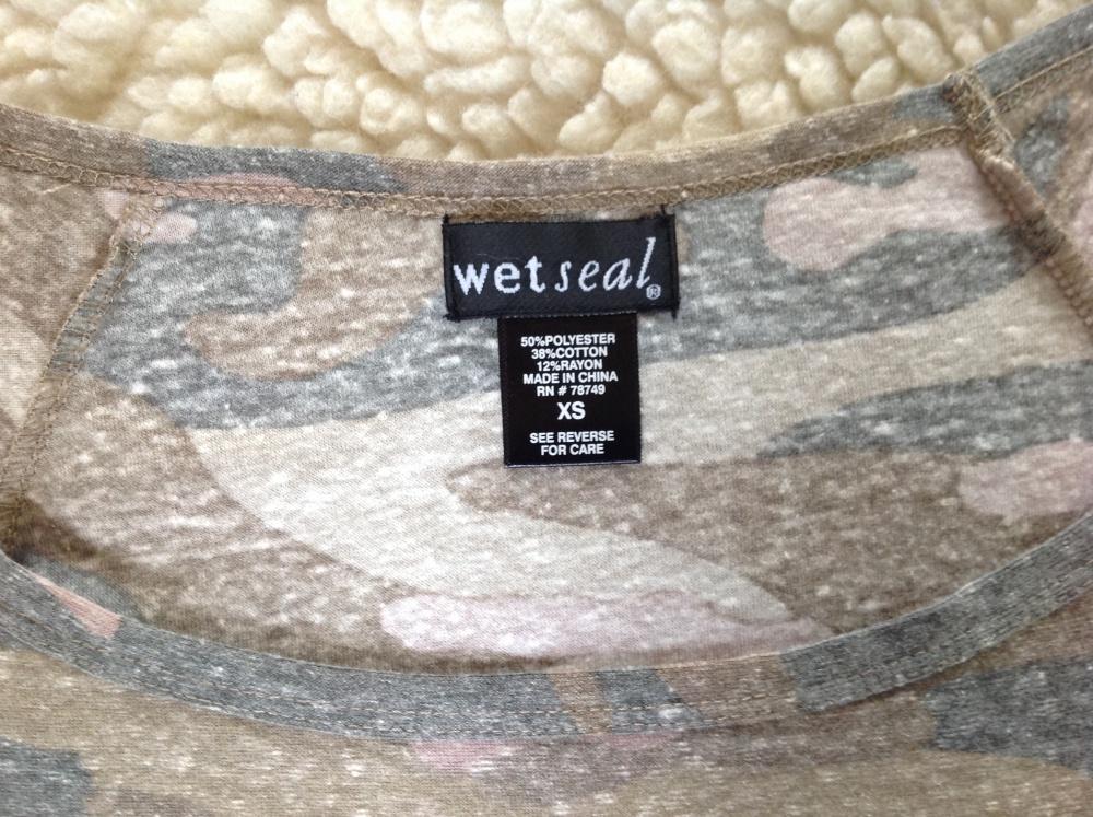 Футболка Wet Seal, размер XS (42)