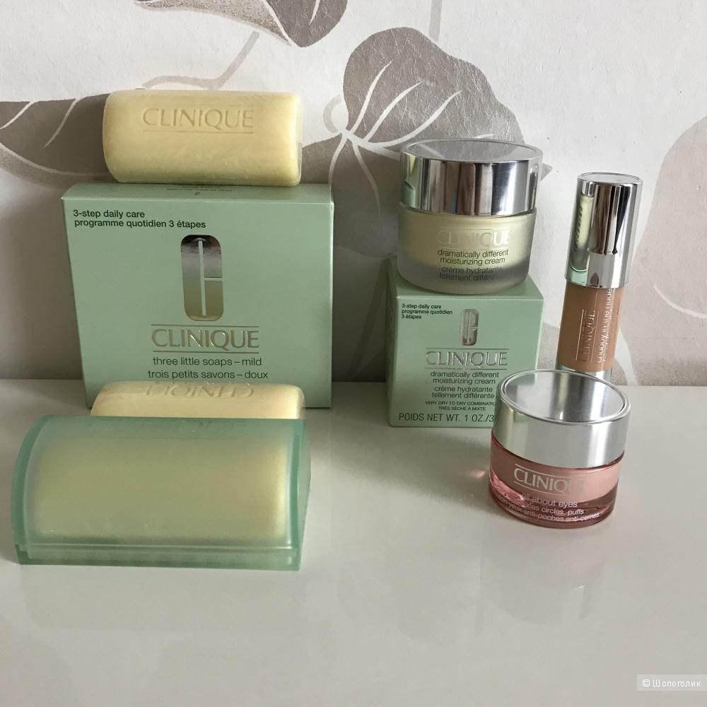 Набор средств по уходу за кожей Clinique из трёх средств
