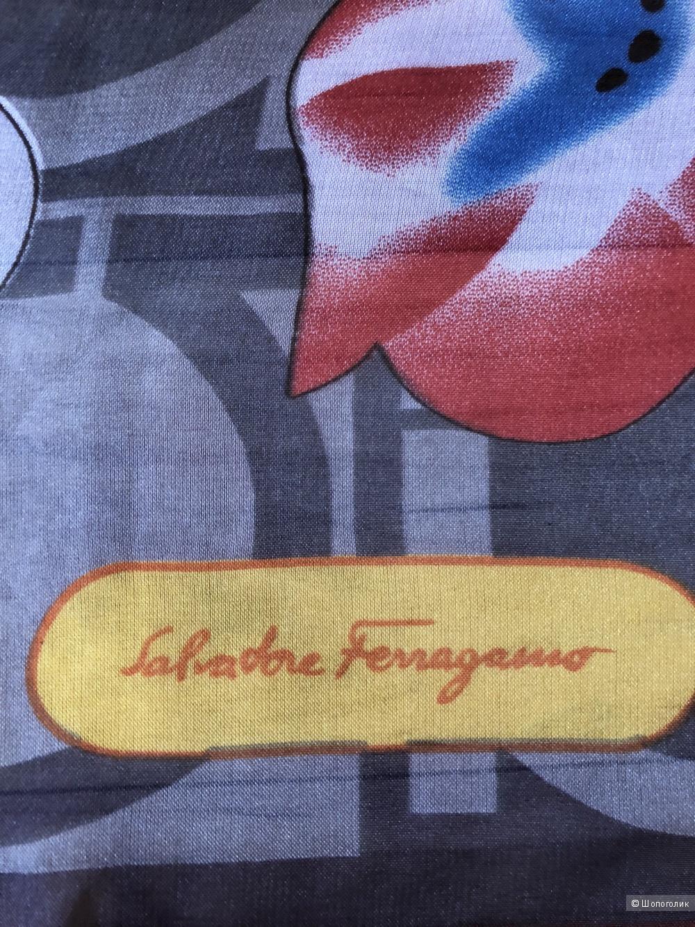 Платок Salvatore Ferragamo, 170/70 см