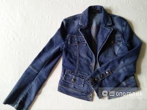 Джинсовая курточка MARCCAIN , 38-40(42)