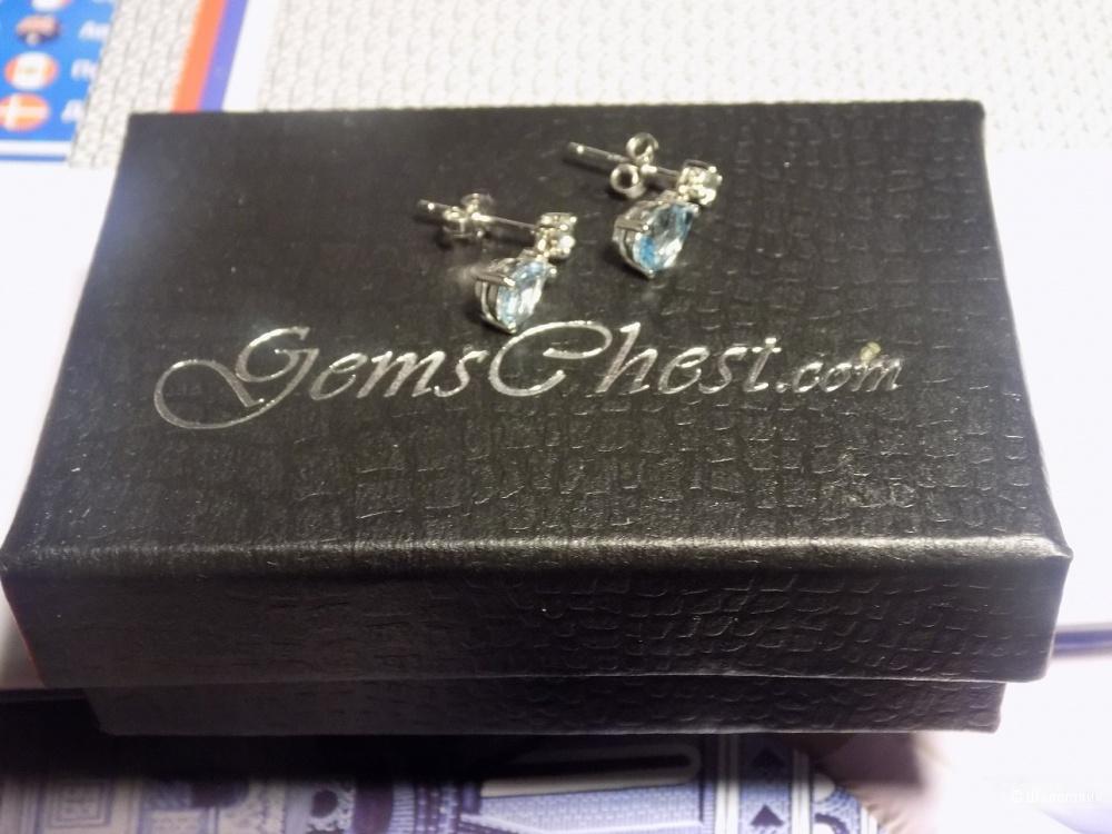 Серьги с голубым топазом и бриллиантом