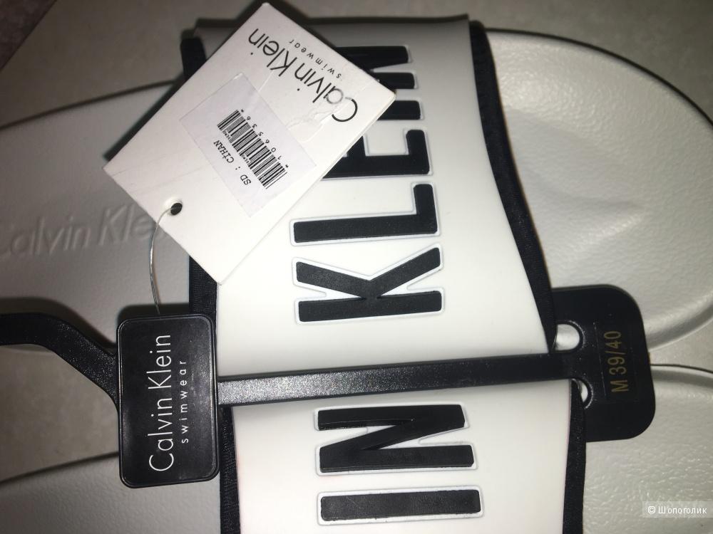 Тапочки сланцы шлепки Calvin Klein размер 39-40
