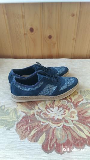 Туфли Tamaris замшевые р.38-39