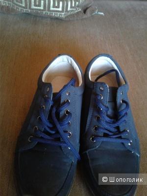 Ботинки T.Taccardi 34 размер