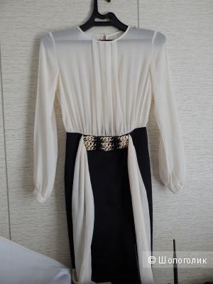 Платье Elisabetta Franchi 42-44  р-р