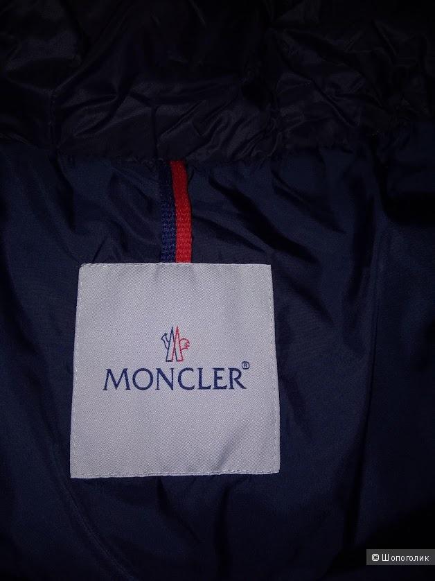 Пуховик Moncler, размер S