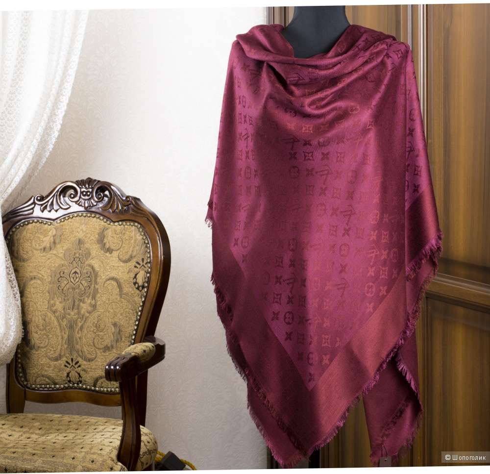 Шаль/платок Louis Vuitton, 140*140 см.
