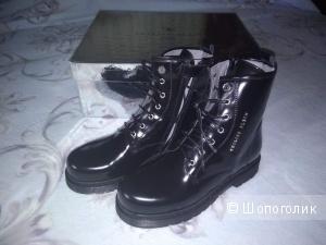Ботинки  PHILIPP PLEIN, 35 размер