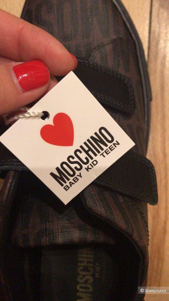 Кроссовки кеды Moschino 37.5-38 размер