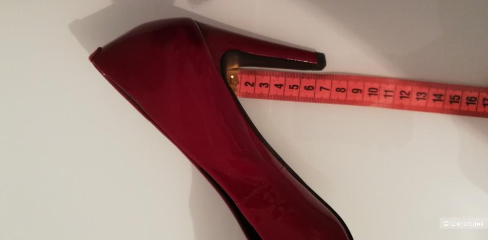 Туфли лодочки DeriMode 39 размер