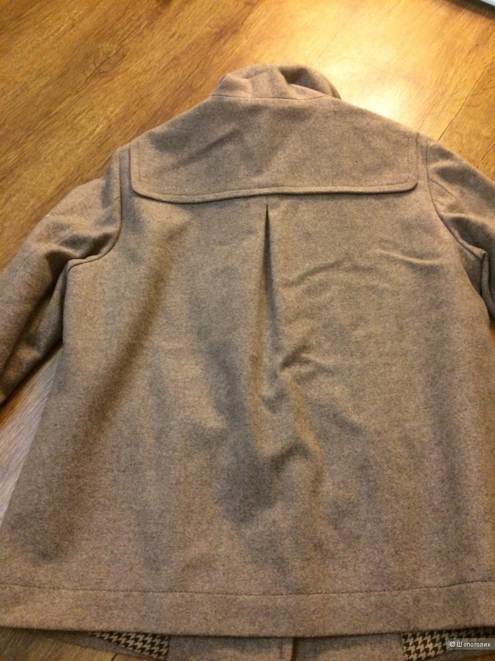 Курточка от Playlife размер 44/46