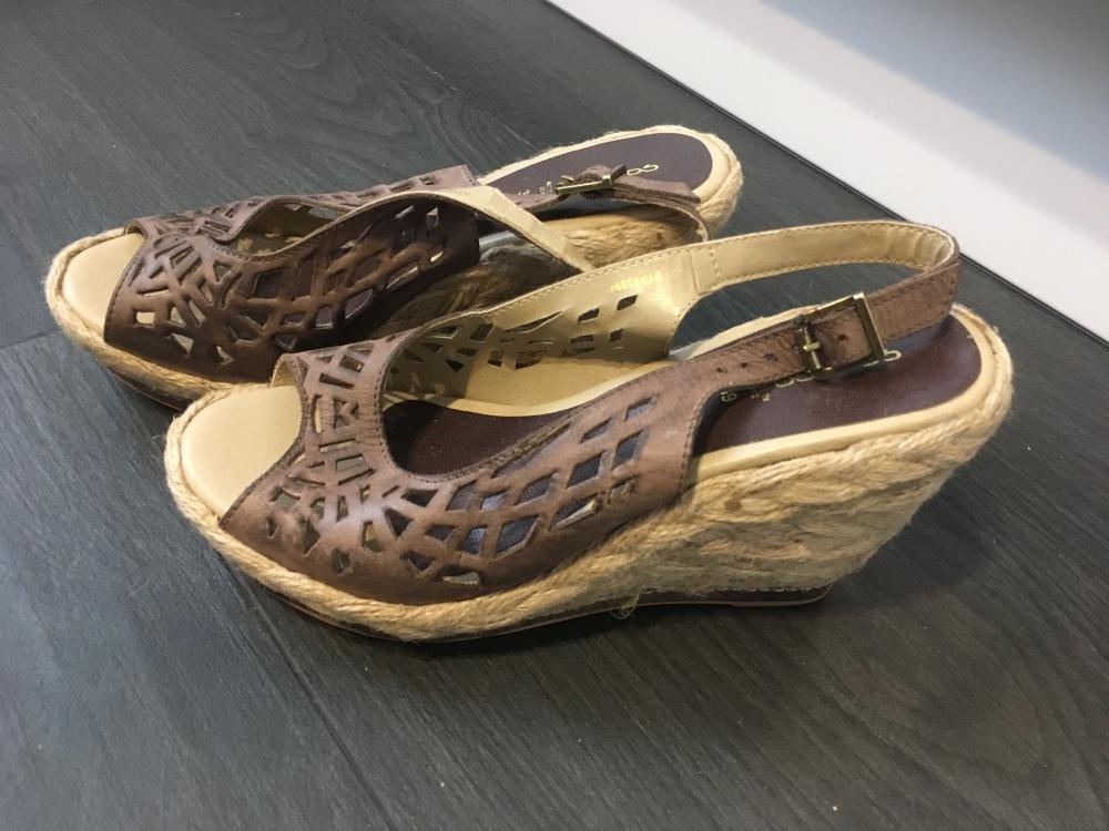 Босоножки Goergo, 38 размер