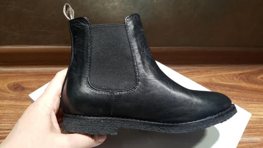 Детские полусапоги-ботинки Burberry. р.30