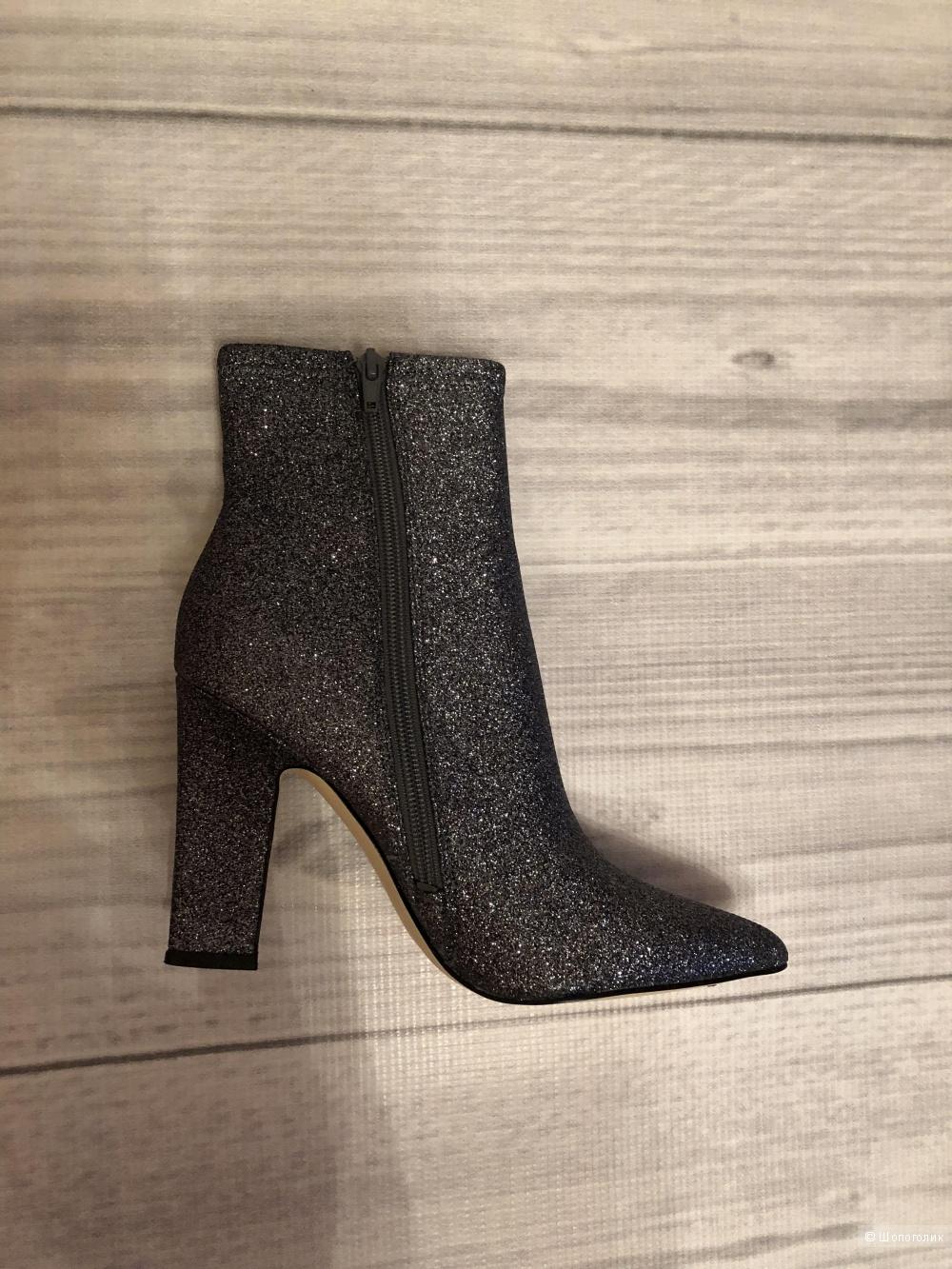 Ботинки Guess размер 37,5-38