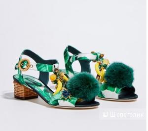 Босоножки Dolce & Gabbana. Размер 38,5(38)